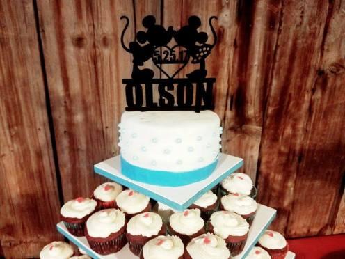 Such a fun cake topper!